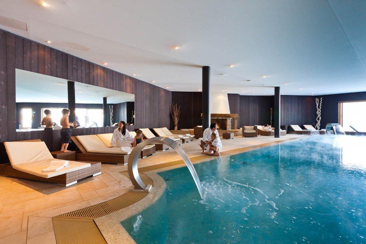 Lifestyle hotels chalet royalp h tel spa switzerland - Hotel spa brest ...